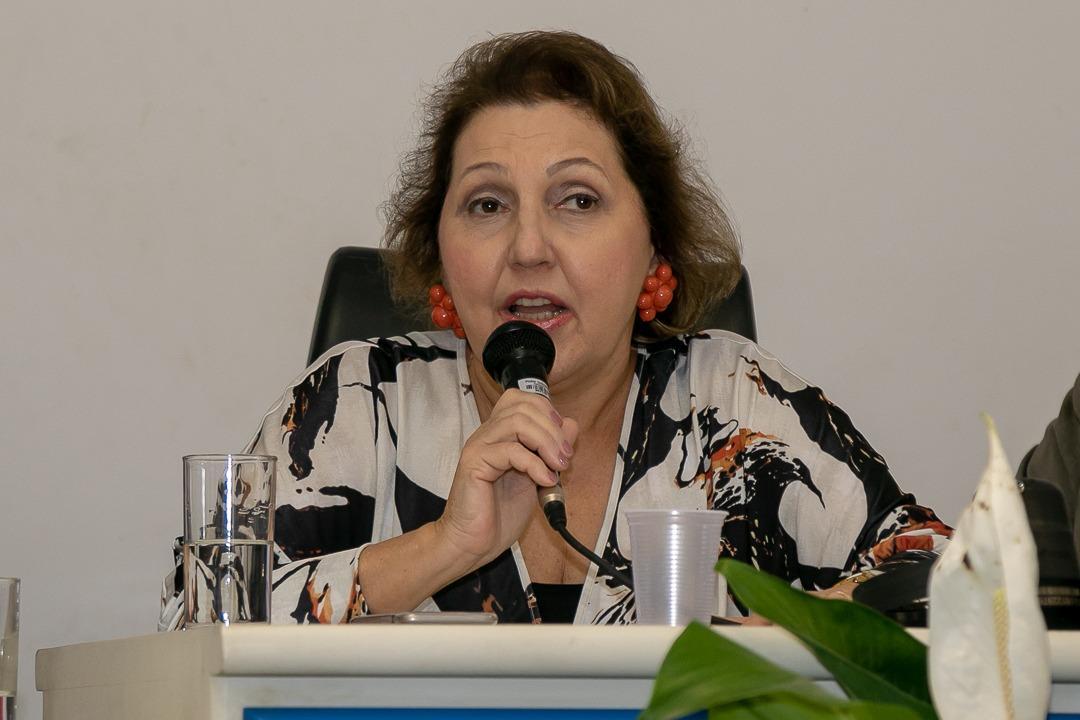 Teixeira de Freitas recebe Central de Monitoramento Eletrônico de Pessoas e botão do pânico