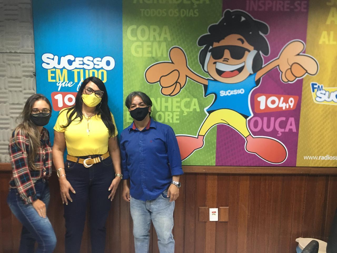 Rádio Sucesso 104,9 FM e TVFF realizou a terceira sabatina dos candidatos a prefeito