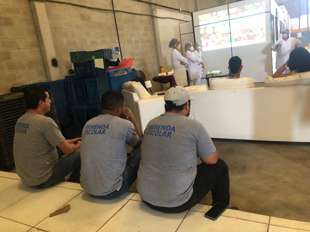 Secretaria de Educação realiza treinamento sobre Boas Práticas de armazenamento e distribuição dos alimentos